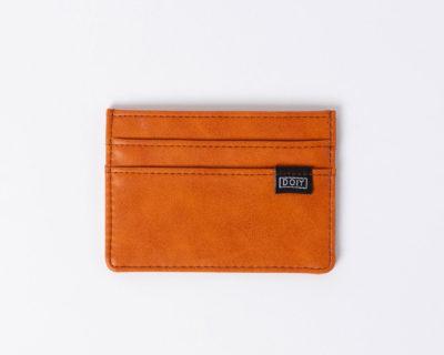 card wallet brown doiy