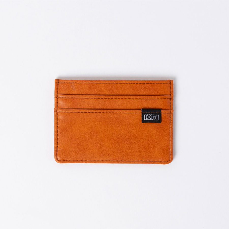 card wallet brown doiy