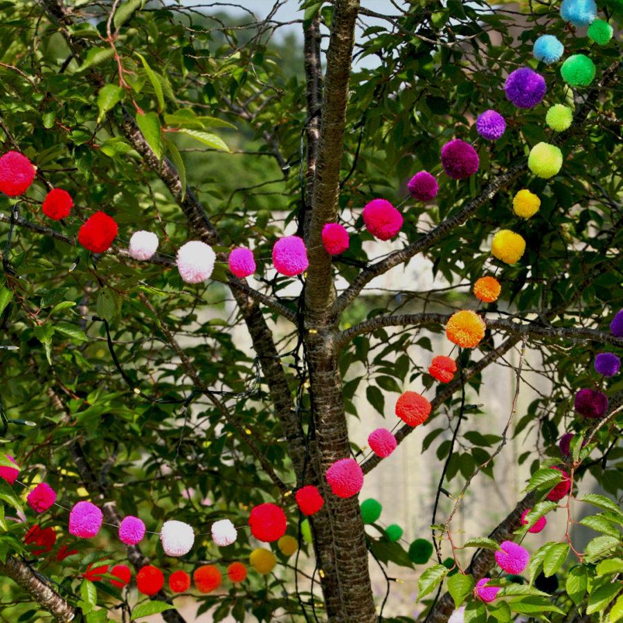 guirlande multicolore pompon galore
