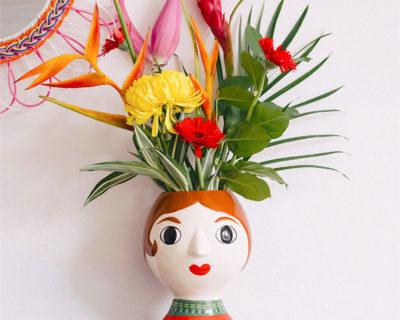 vase senora kitsch kitchen