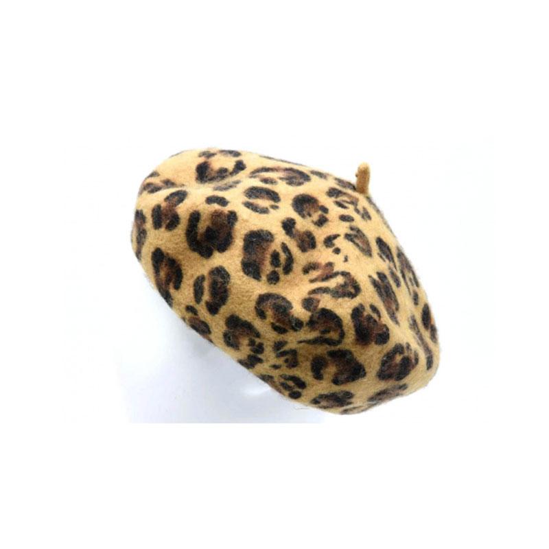 béret en laine léopard