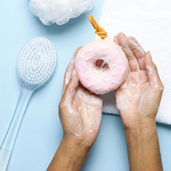 savon a suspendre donut sunnylife