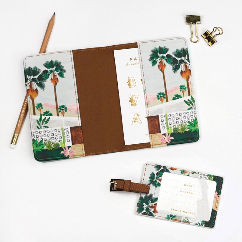 Étuit passeport et étiquette Palmspring de chez All the ways to say