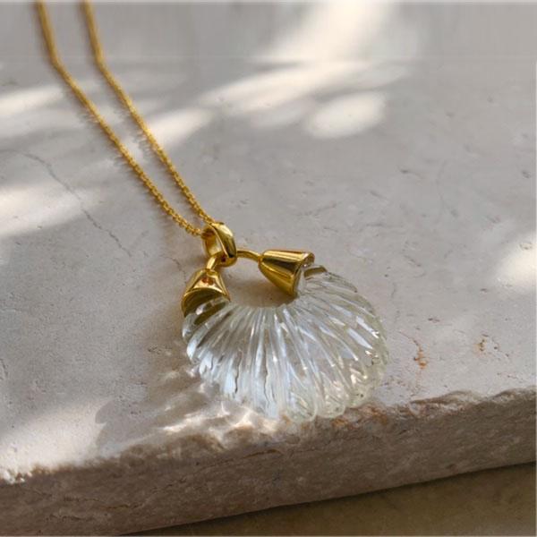 Collier pendentif coquillage cristal Ettienne Shyla London
