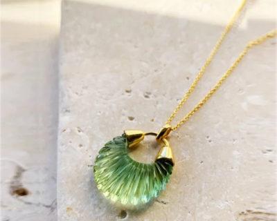 Collier pendentif coquillage vert Ettienne Shyla London