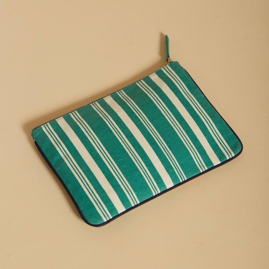 pouch-danios-green (1)