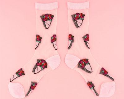 chaussettes bouquet roses transparentes