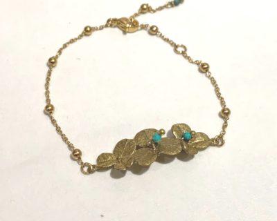 Bracelet fleur perles vertes